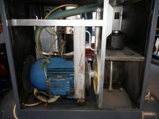 Винтовой компрессор в ремонте